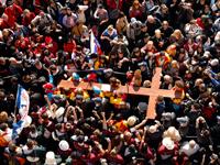 Benoît XVI : vocation universelle à la sainteté, sacerdoce et vie consacrée.