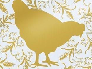 La prière de la poule qui court après ses plumes.