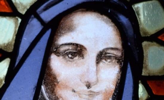 Vitrail de Thérèse de Lisieux, Ardèche, lavezon, photo StJoWeb