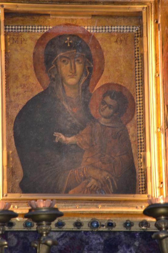 Photo de l'Image maria Salus Populi Romani, vénérée en la Basilique Sainte Marie Majeure