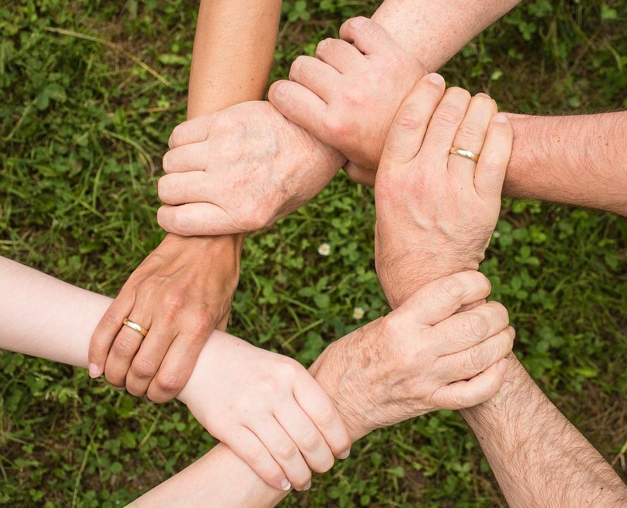 Comment s'engager dans un état laïque? L'exemple d'Espérance Banlieues