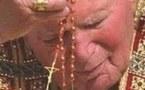 Le rosaire propre à Marie : souvenirs et contemplation de la Vierge.