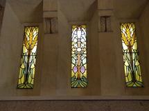 Vitrail de la Chapelle du Coeur du curé d'Ars