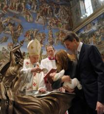 """"""" Eduquer les jeunes demande d'authentiques témoins et non pas de simples dispensateurs de règles """" ( Benoît XVI)"""