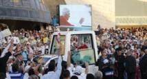 Benoît XVI parmi les jeunes du Liban