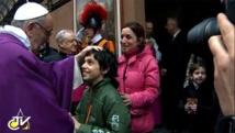 Le Pape François dans une paroisse de Rome, sainte Elisabeth et Zacharie.