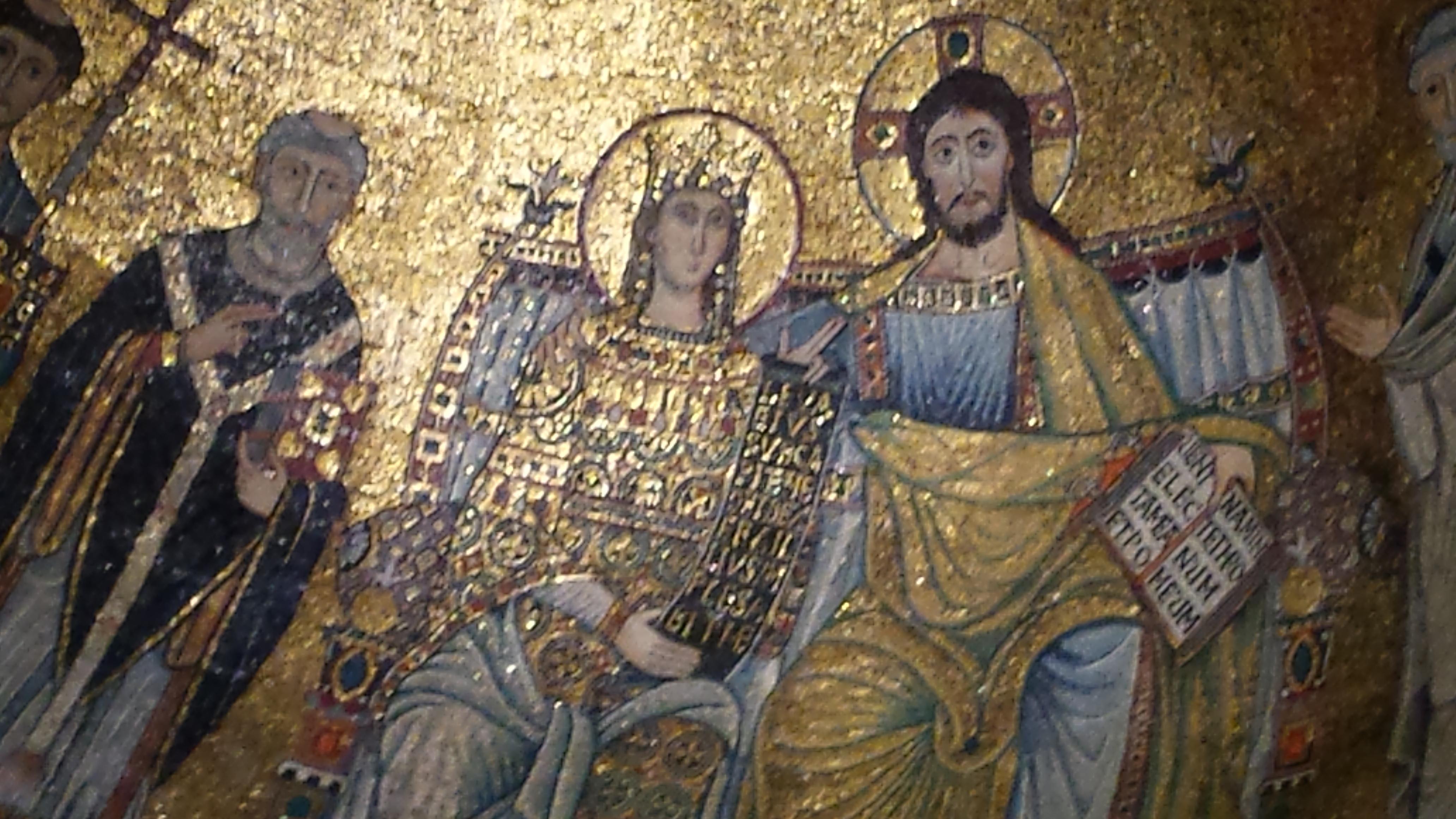 Couronnement de la Vierge Eglise : dans les mosaïques romaines, ici ste Maria in Tratevere, l'Eglise et Marie sont volontairement assimilées