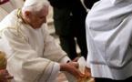 """Le ministère du Pape, indivisible entre tous ses successeurs, la question du """" pape émérite""""."""